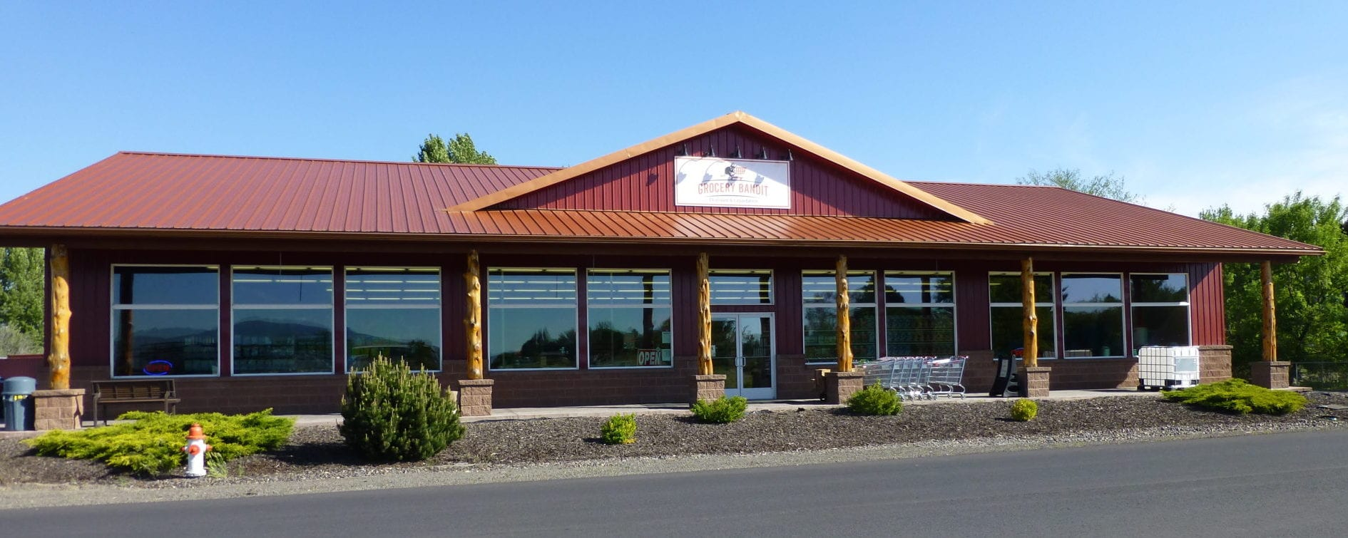 Buy groceries at Grocery Bandit Discount and Liquidation, Prineville Oregon